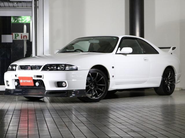 スカイラインGT-R/ 大型カーボンリップ 外マフラー 車高調
