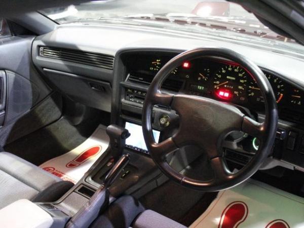 トヨタ スープラ 2.5GTツインターボ R