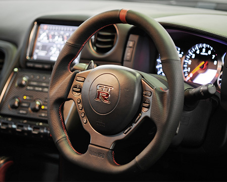 NISSAN GT-R [ R35 ] Durement Steering Wheel [Cyber GT-R Model]